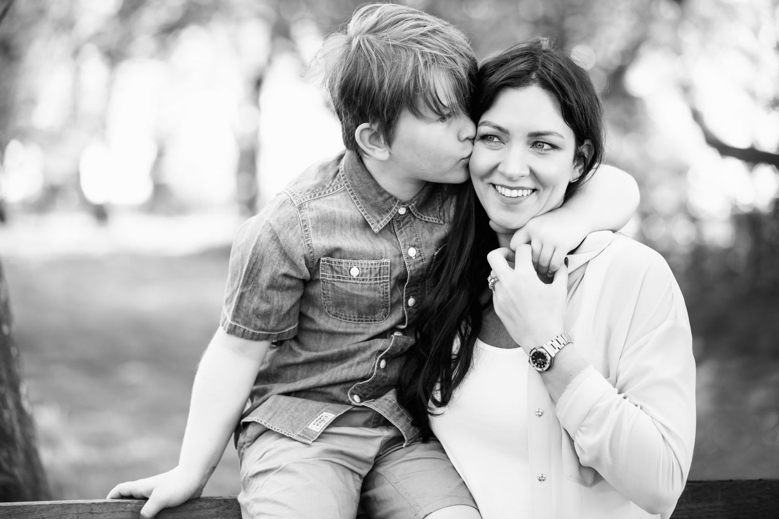 Mum and young son captured sharing a kiss by Derbyshire Photographer in Ashbourne